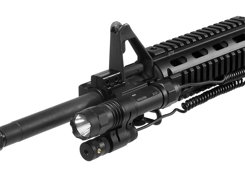 the best tactical flashlights for ar 15 gun laser guide